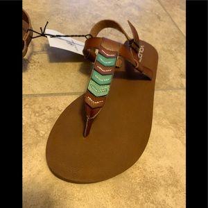 NWT Volcom size 6 sandals